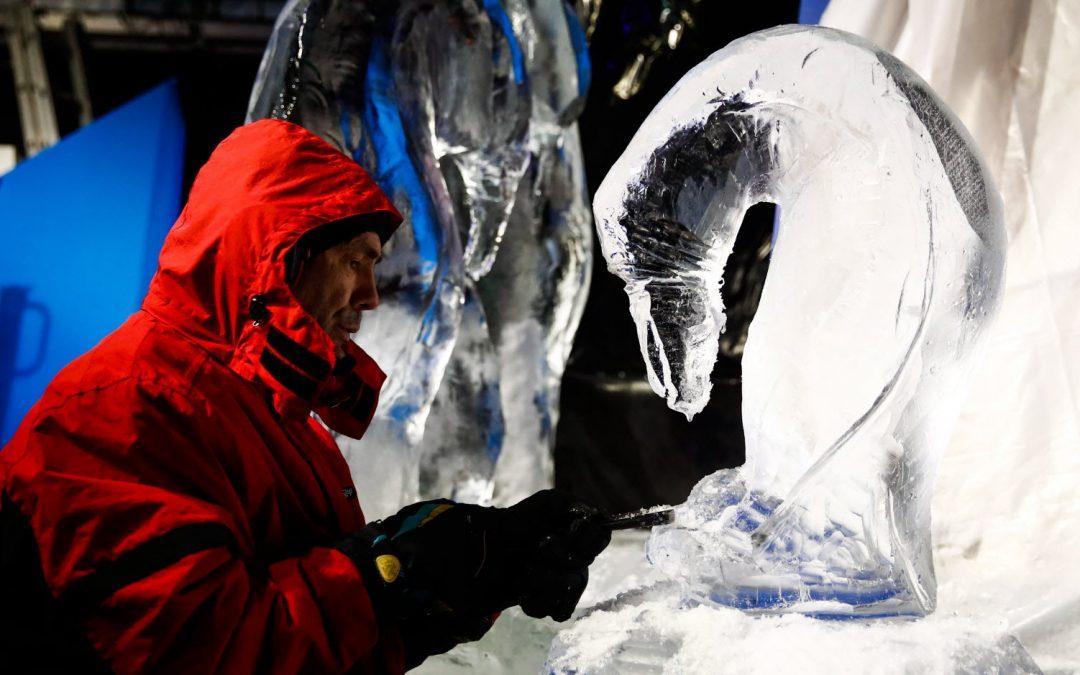 L'artiste de renom international Henry-Patrick STEIN sculptera des blocs de glace monumentaux dans le parc du château