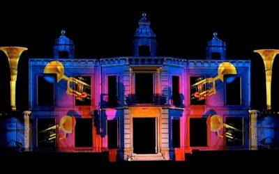 Danses des pierres – Mapping sur la façade du château de Thillombois – Conception – réalisation : Jean-Luc Hervé Les orpailleurs de lumière.