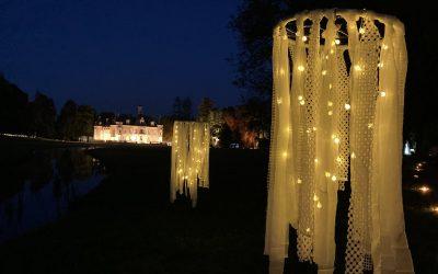 La deuxième édition de La Balade merveilleuse orchestrée par l'association Connaissance de la Meuse a débuté ce week-end. Les animations lumineuses et autres tableaux vivants sont encore à retrouver le week-end prochain dans le parc du château de Thillombois.