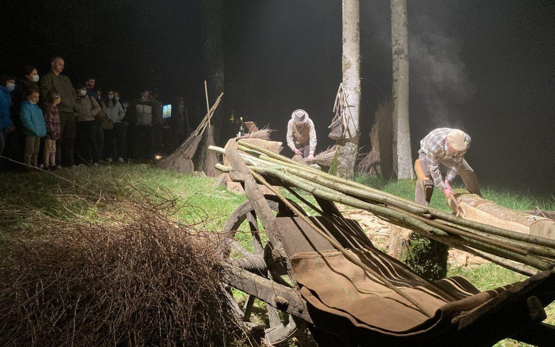 LES VIEUX METIERS – AZANNES font revivre les métiers du bois au château de Thillombois