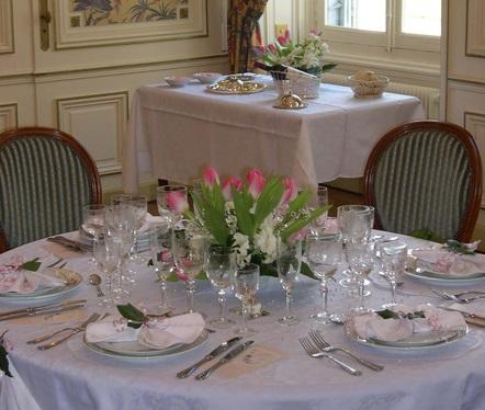 Repas Prestige dans les salons du château de Thillombois
